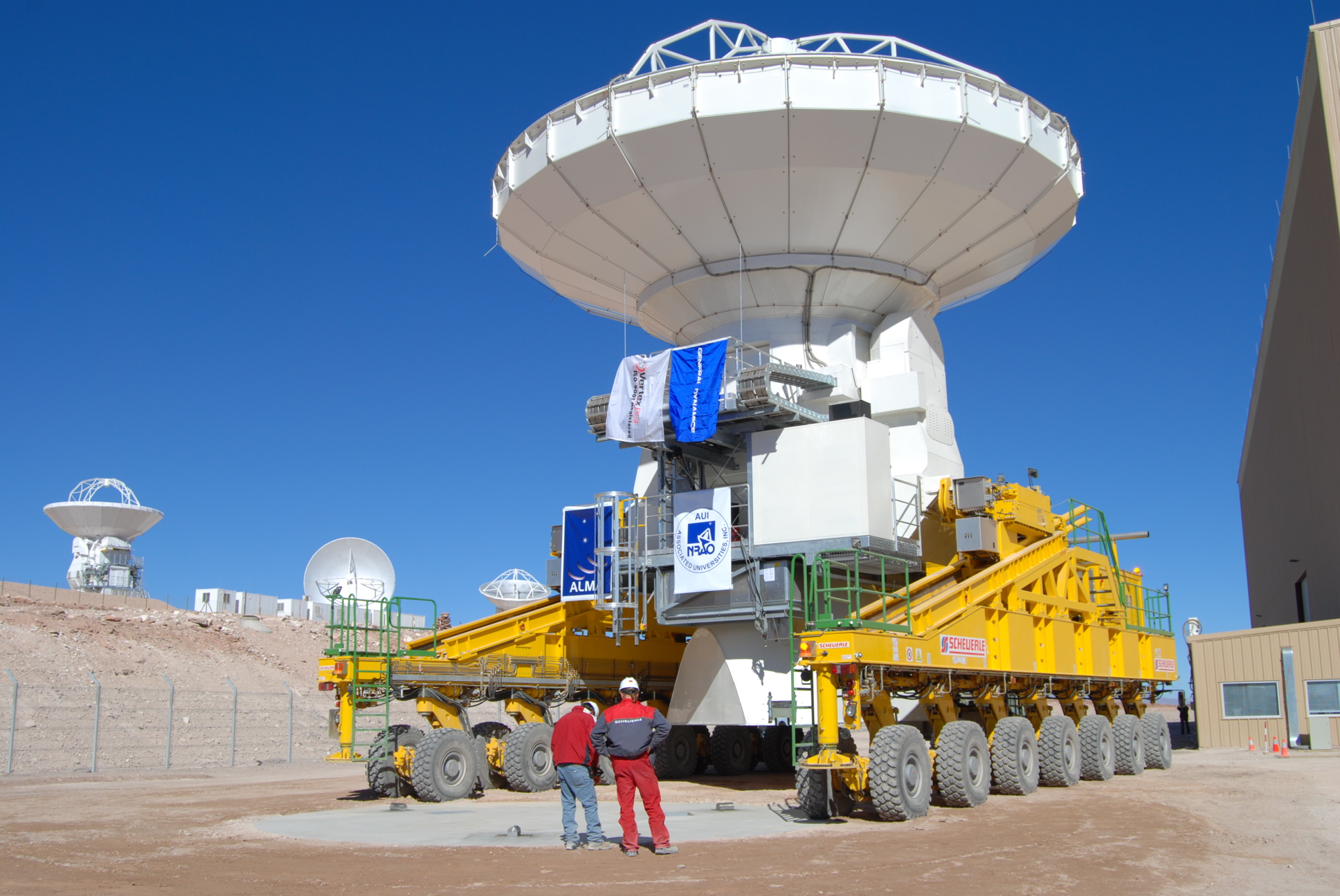 VertexRSI2 moved from SEF Assembly Building to an SEF antenna station by ALMA Transporter
