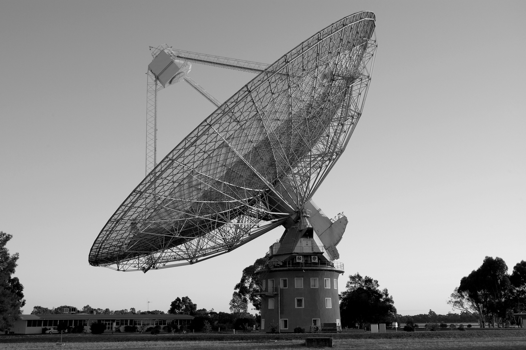 3 radio telescopes and radiometers u2023 essential radio astronomy